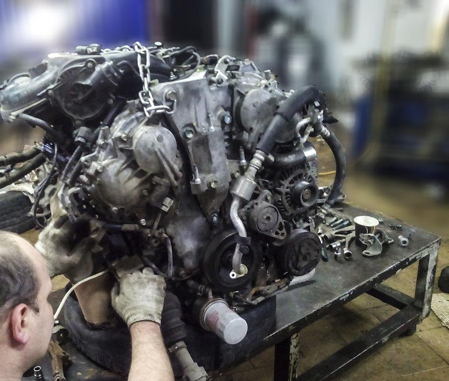 Двигатель Ниссан - процесс ремонта